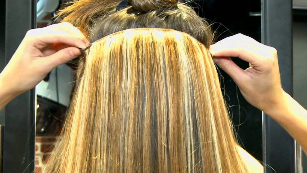 Guarantee the stability of your extension with the cylinders included in the system I tip hair extensions