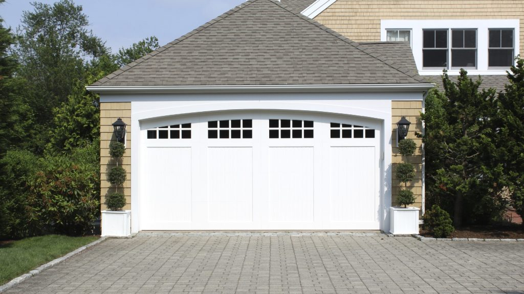 Is a garage door repair Nottingham possible anonymously?