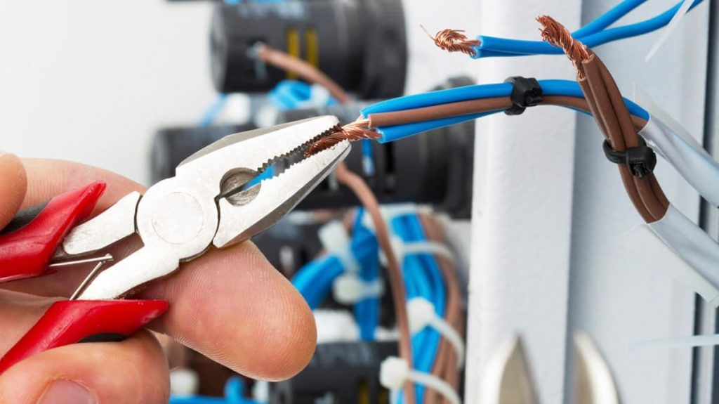 Check Out The Benefits Of The Local Electrician London